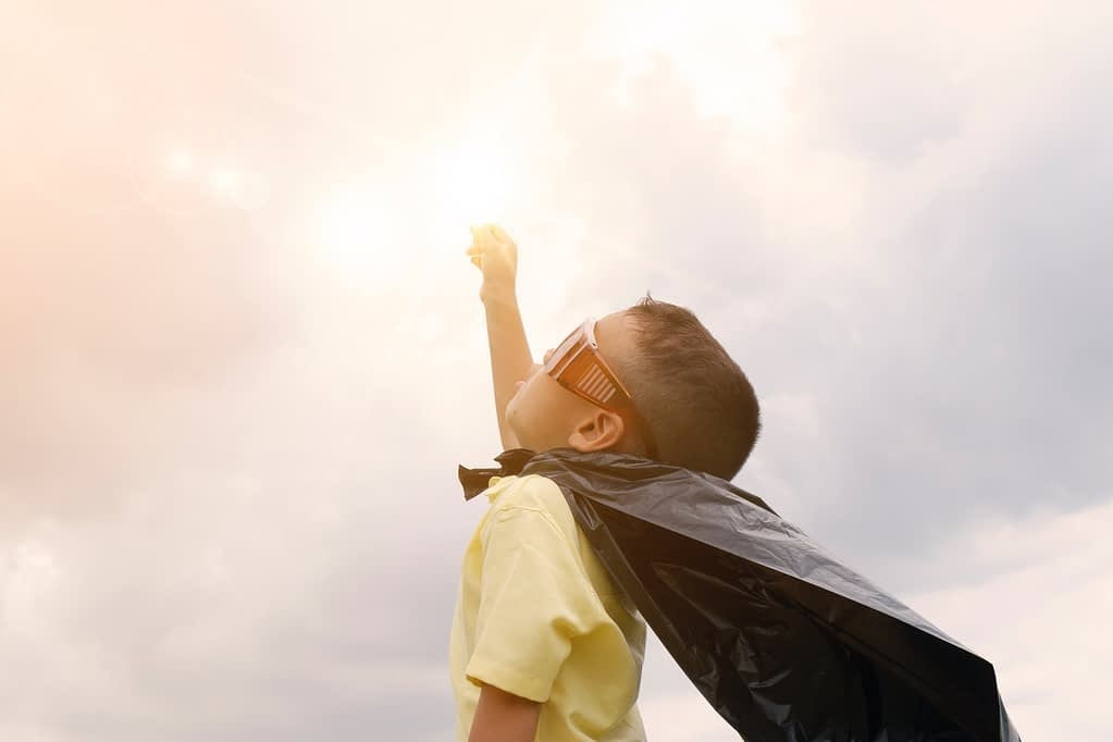 a boy with a gown wants to fly- raising smart kids.